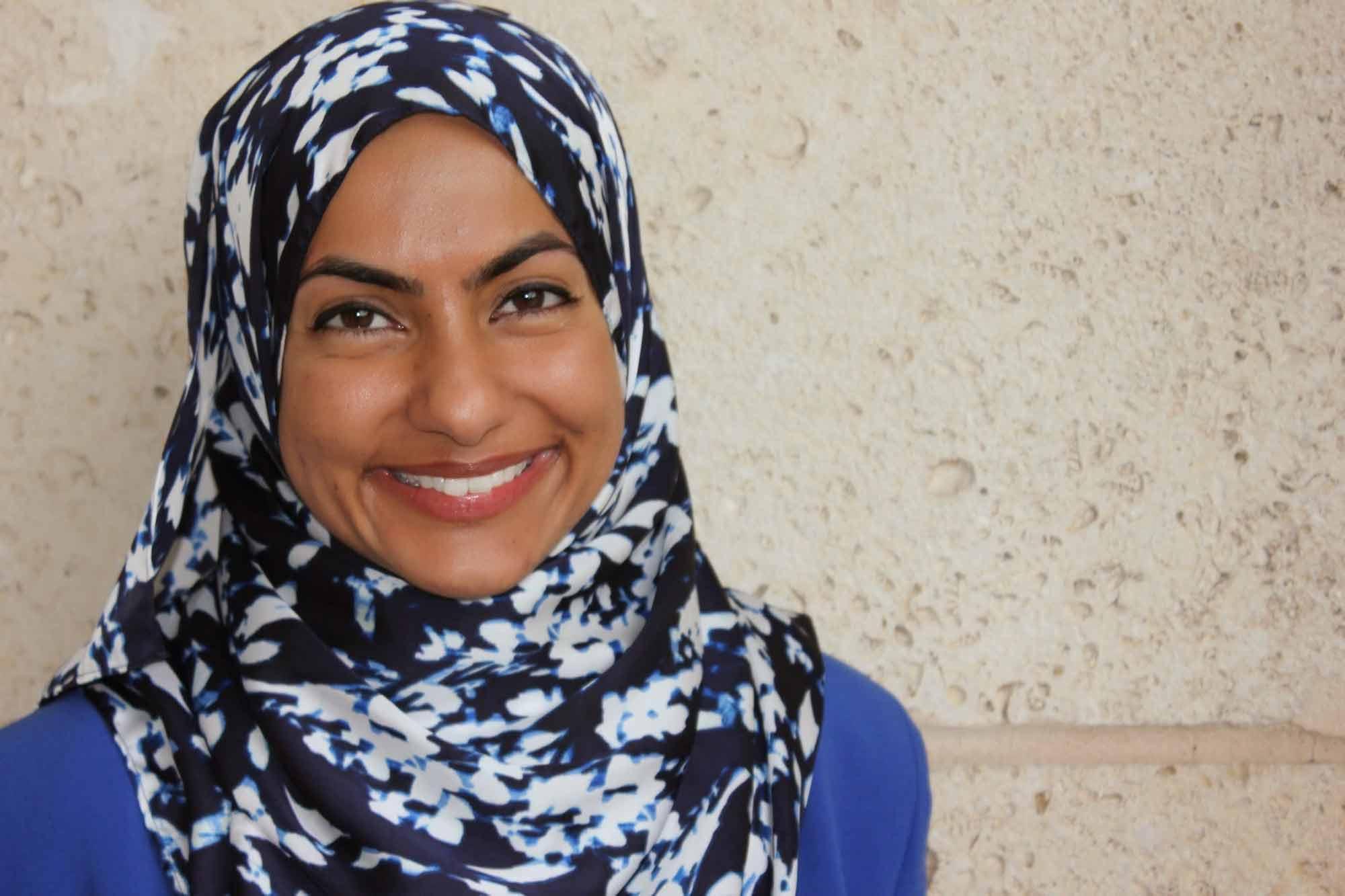 Musarat-Yusufali-LCSW-Austin-tx-dbt-therapist-portrait-4