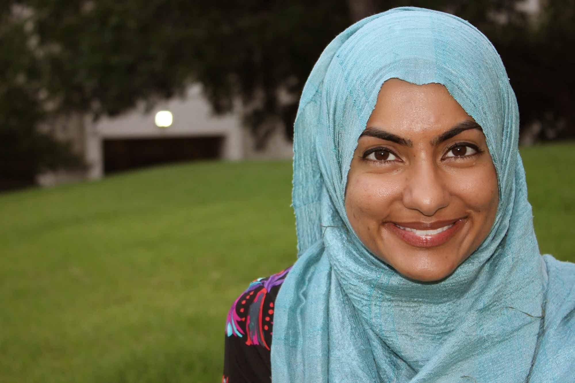 Musarat-Yusufali-LCSW-Austin-tx-dbt-therapist-portrait